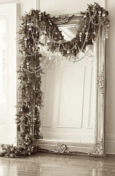 https://www.barokspiegel.com/shops/barokspiegel/cms//1/grote-barok-spiegel-versieren-met-kerst.jpg