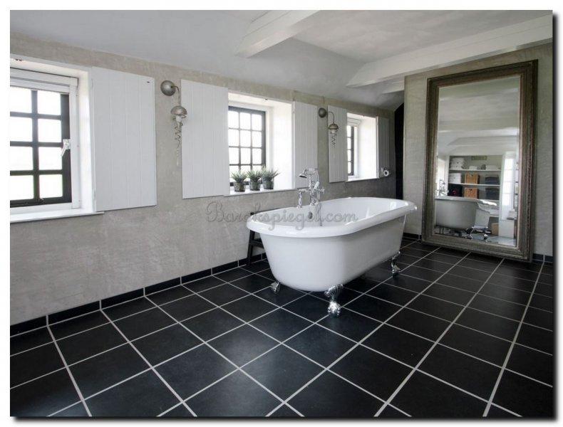 Spiegel Rond Groot : Een grote badkamer kijk welke barok spiegel of grote moderne