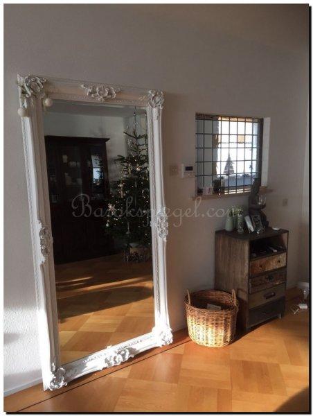 Spiegels in woonkamer barokspiegel for Staande spiegel hout