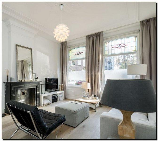 Cool barok spiegel zilveren lijst boven schouw with ideeen for Design spiegels woonkamer