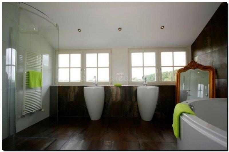 Een grote badkamer? Kijk welke barok spiegel of grote moderne ...