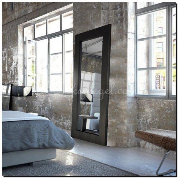 Grote zwarte spiegel als woonaccessoire barokspiegelcom for Spiegel in spiegel