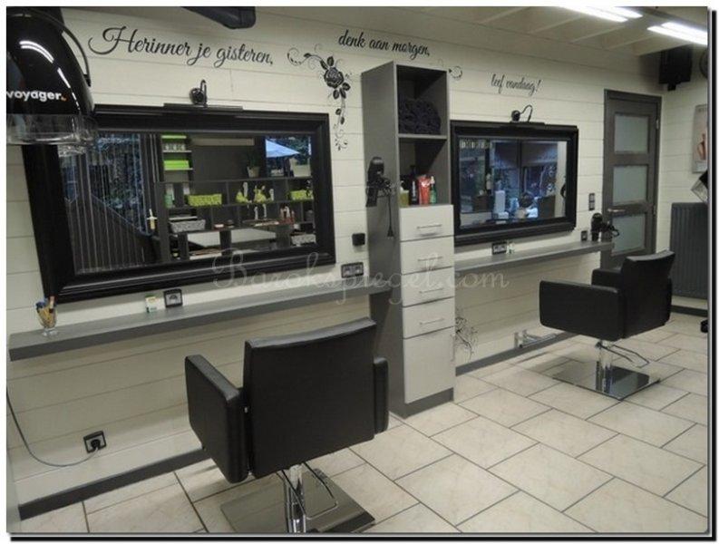 Spiegel Zwarte Lijst : Spiegels voor uw kapsalon hairstudio of beautysalon barokspiegel