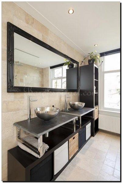 Spiegel in badkamer barokspiegel for Spiegel zwarte lijst