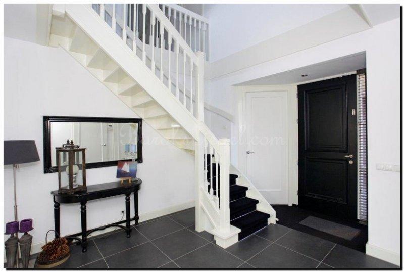 20 spiegel inrichting tips voor uw gang hal of entree - Moderne entree decoratie ...