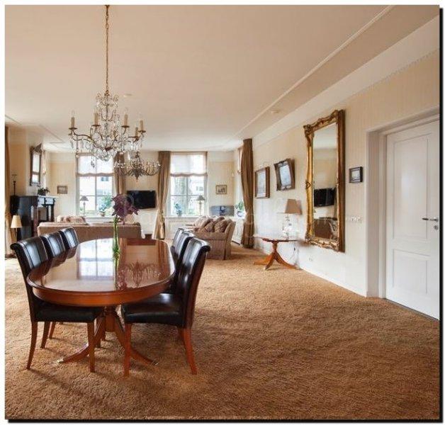 Woonkamer spiegel beste inspiratie voor interieur design en meubels idee n - Designer woonkamer spiegel ...