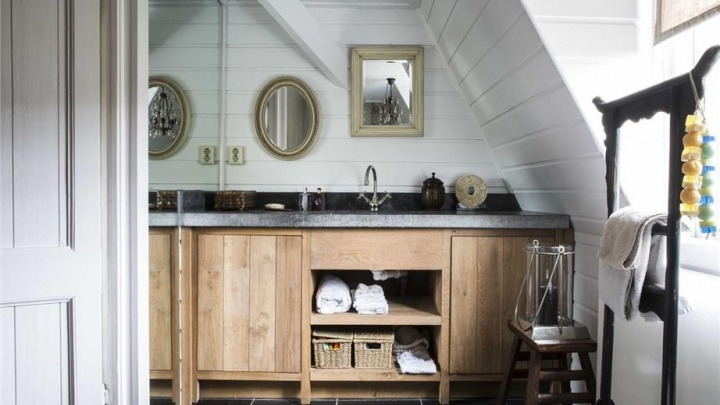 Spiegel in badkamer barokspiegel