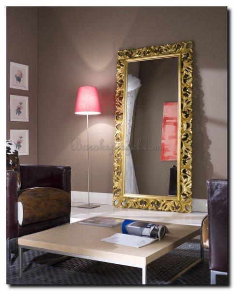Wat hang ik aan mijn muur 10 tips voor de juiste kleur spiegel barok of modern - Spiegel in de woonkamer ...