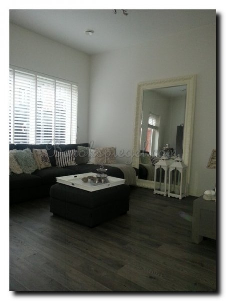 Spiegels in woonkamer - barokspiegel