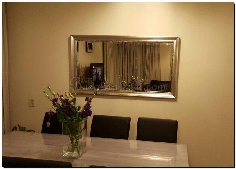 Woonkamer spiegel inspiratieboost spiegels in de woonkamer voor een ruimtelijk effect - Woonkamer spiegel ...