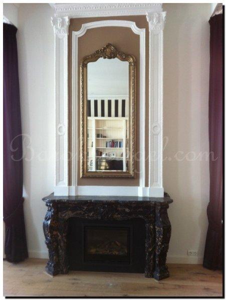 Spiegels boven een schouw - Barok spiegel voor badkamers ...