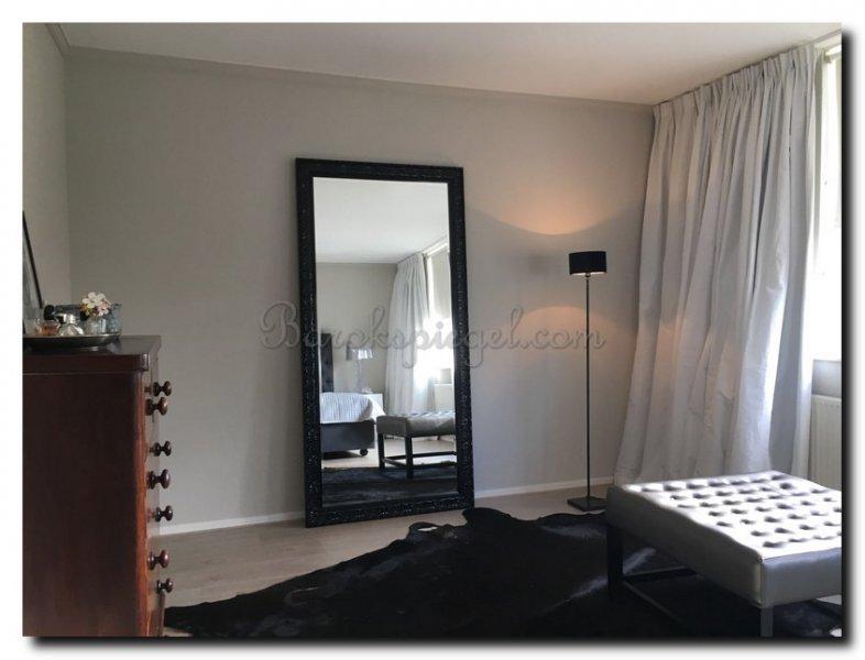 Een spiegel voor uw slaapkamer barokspiegel
