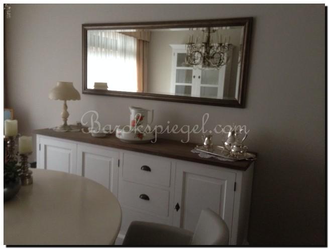 Spiegel boven dressoir klassieke spiegels in interieur for Spiegel boven dressoir